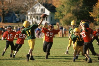 youthsportsconcussions_story1.jpg