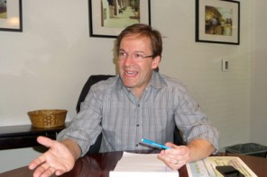 Abele set to take over struggling schools if legislature passes the measure